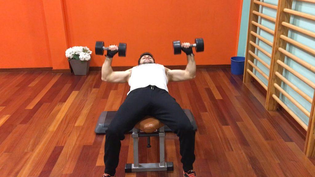 ejercicios pechos y brazos