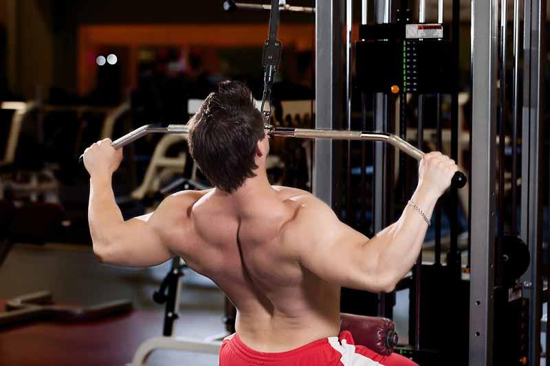 ejercicios de gym con maquinas