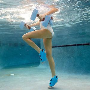 ejercicios para fortalecer las rodillas en el agua